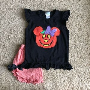 Minnie Halloween Appliqué size 6 EUC